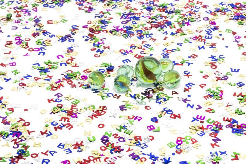 Stuk speelgoed marmer op witte achtergrond royalty-vrije stock afbeeldingen