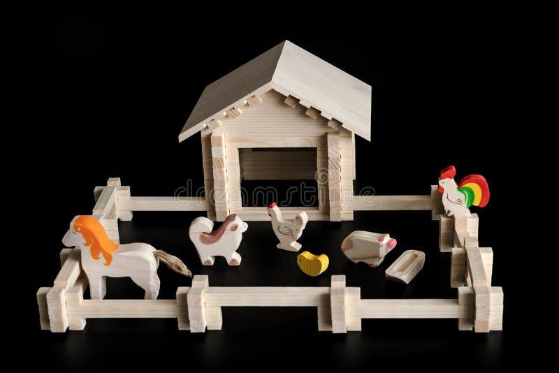 Stuk speelgoed model van een huis stock fotografie