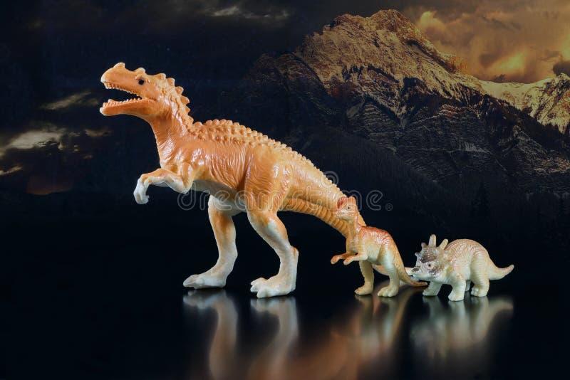 Stuk speelgoed modellen van dinosaurussen royalty-vrije stock afbeelding