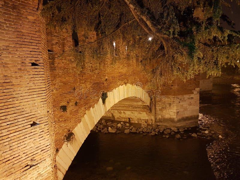 stuk van de brug van castelvecchio royalty-vrije stock foto