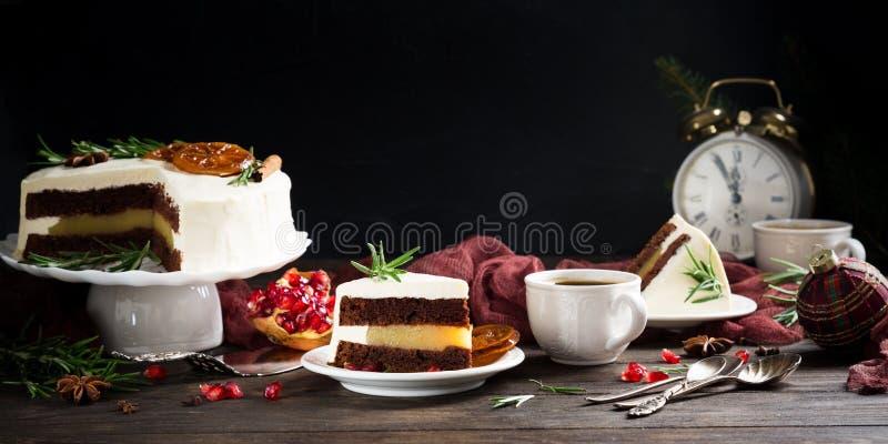Stuk van heerlijke chocoladecake royalty-vrije stock afbeeldingen