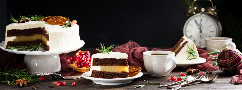Stuk van heerlijke chocoladecake stock afbeelding
