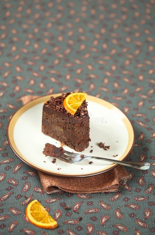 Stuk van Oranje de Truffelcake van de Veganistchocolade royalty-vrije stock fotografie