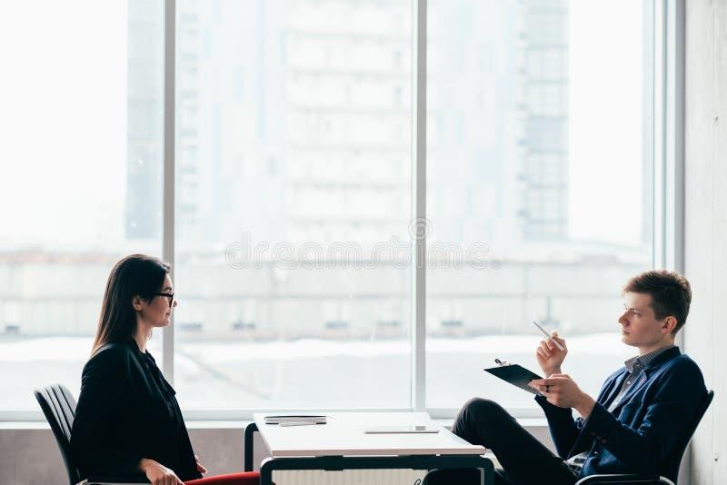 Stunden-Manager der Vorstellungsgespr?ch-beruflichen Laufbahn stockbilder