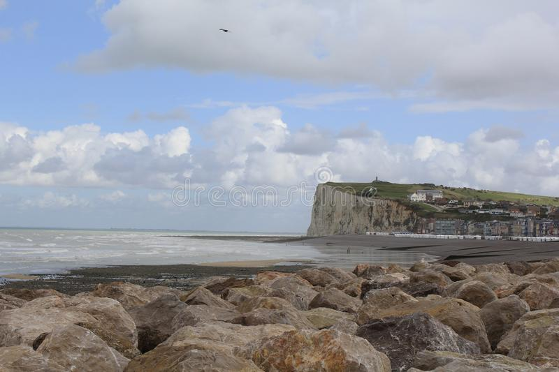 Stunning panoramic view at the alabaster cliffs at a sunny dag in le treport, france stock images