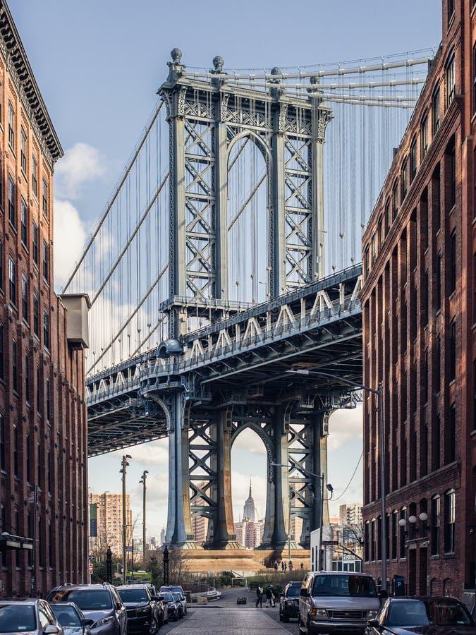Stunning view on the Manhattan bridge from Brooklyn stock photography