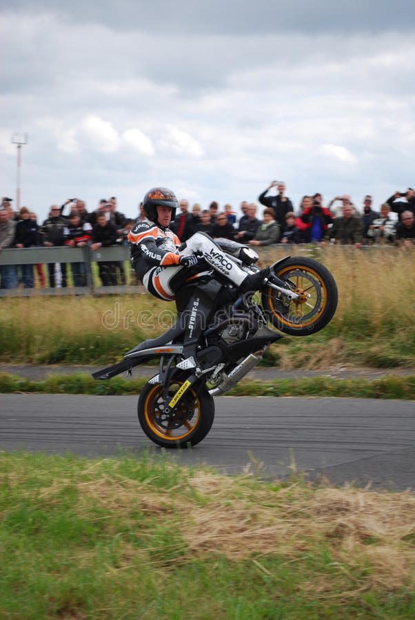 Download Stuntshow motocycle editorial photo. Image of driving - 28285301