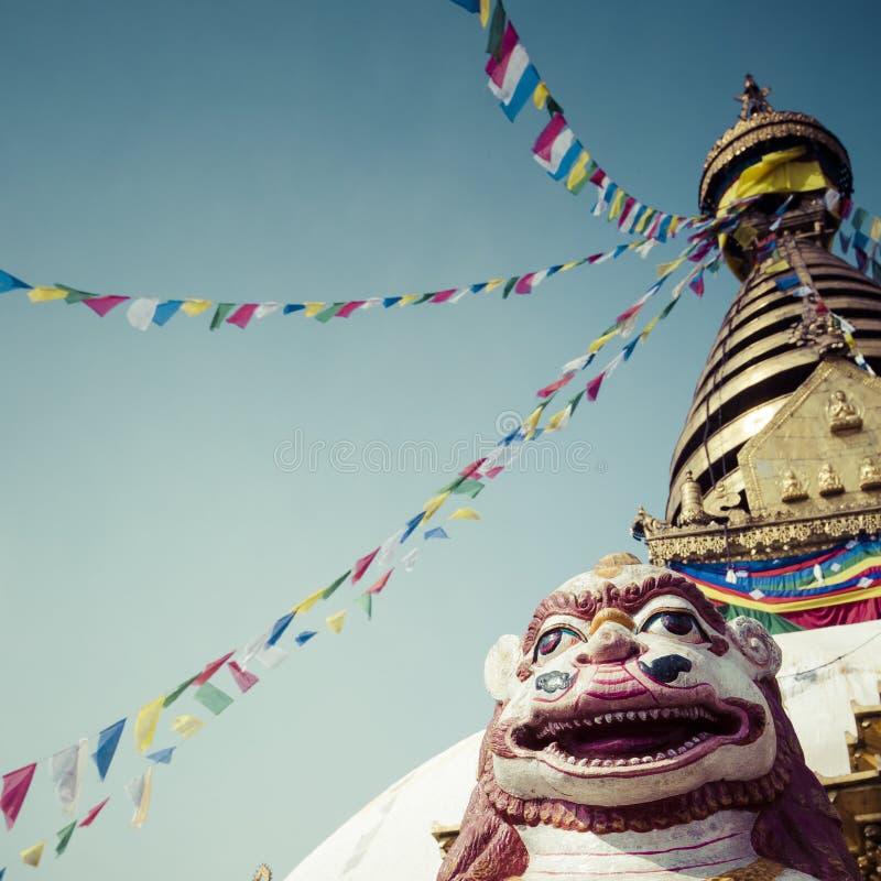 Stupa στο ναό πιθήκων Swayambhunath στο Κατμαντού, Νεπάλ στοκ φωτογραφία