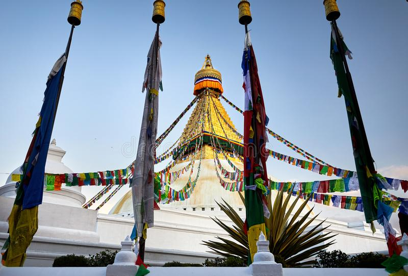 Download Stupa Bodnath в Катманду стоковое фото. изображение насчитывающей буддийские - 104036982