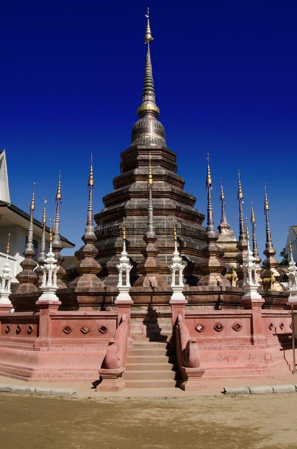 Stupa De Bronze, Tailândia Imagens de Stock