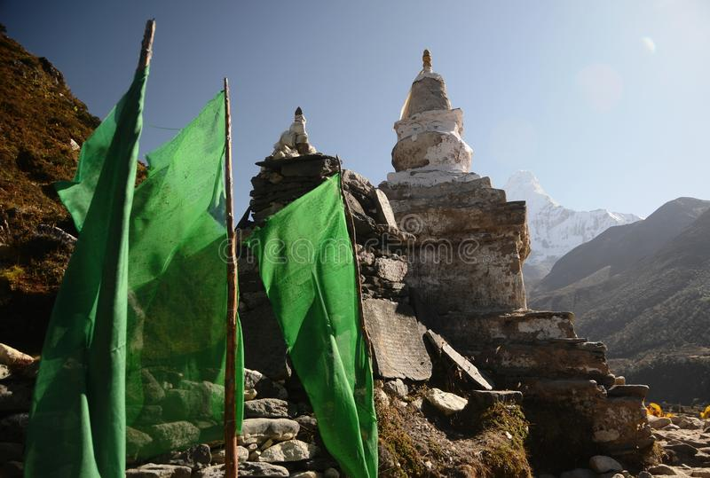 Download Stupa And Mountains In The Background Stock Image - Image: 21873913