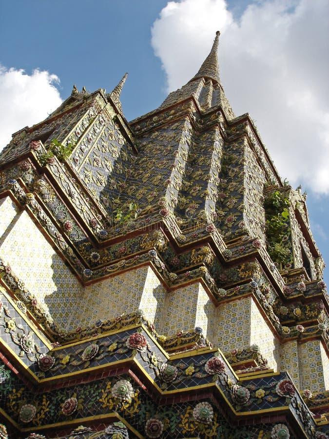 Stupa - palácio grande - Banguecoque foto de stock
