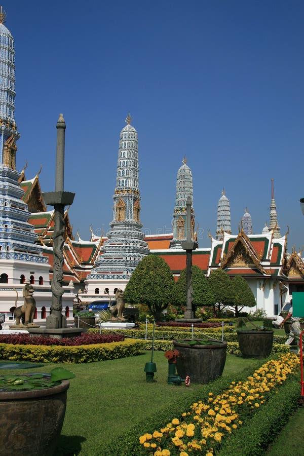 Stupas и сады королевского дворца, Бангкок стоковые изображения