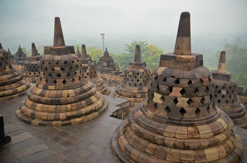 Stupas a campana del tempio di Borobudur fotografia stock