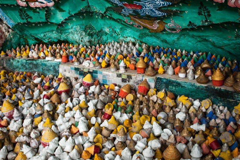 Stupas dans un recoin image stock
