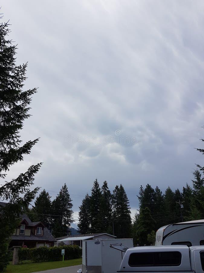 Sturm-Wolken im Juli 2019 lizenzfreie stockfotos