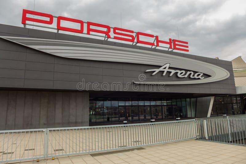 STUTTGART, DEUTSCHLAND - MÄRZ 02,2019: Schlechtes Cannstatt die Porsche-Arena ist eine große Halle stockfoto