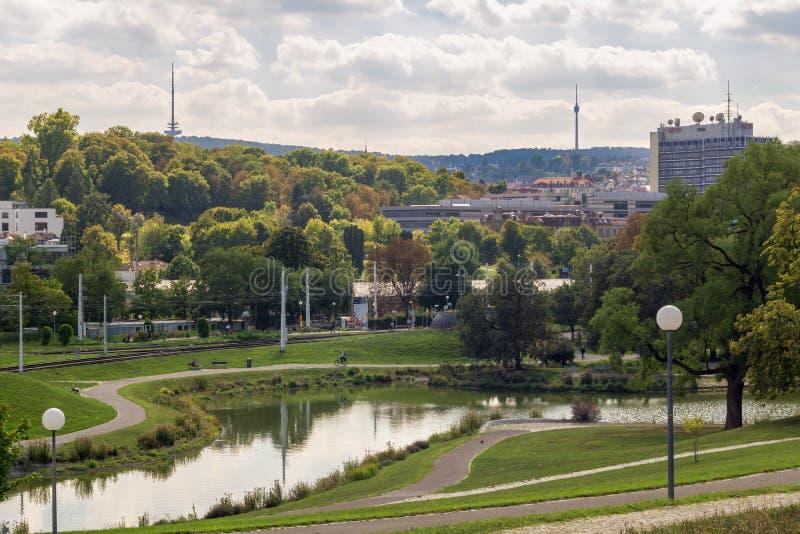 STUTTGART, DEUTSCHLAND - SEPTEMBER 15,2018: Schlossgarten dieser allgemeine Park schließt die Mitte der Stadt mit schlechtem Cann lizenzfreie stockfotos