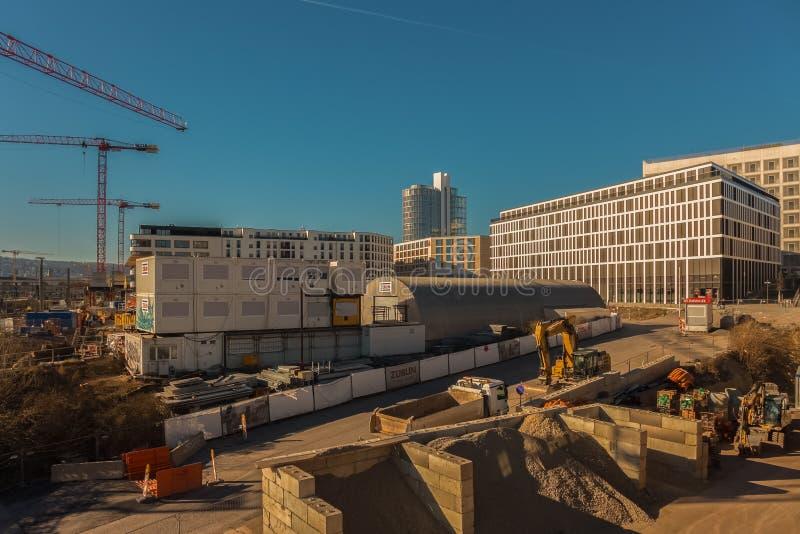 STUTTGART, GERMANIA - FEBBRAIO 24,2019: Budapester Platz questo è un cantiere fotografia stock
