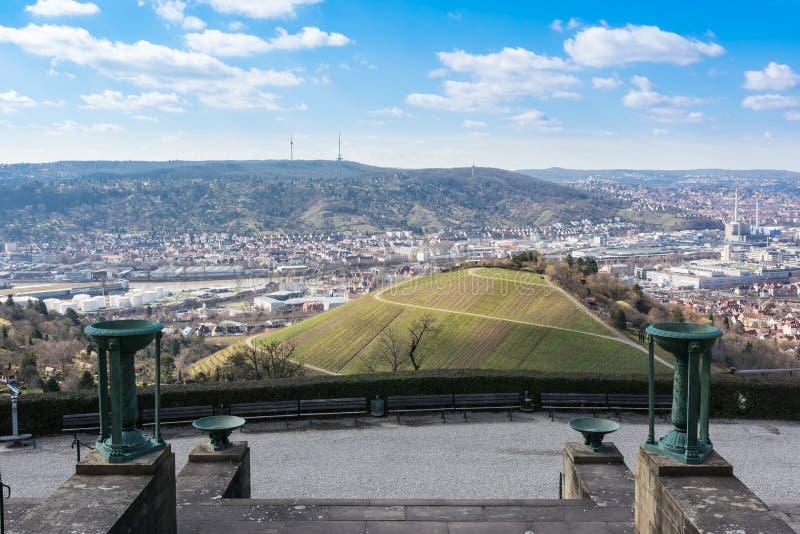 Stuttgart krajobrazu Niemcy TV wierza winniców Piękny błękit Sk zdjęcie royalty free