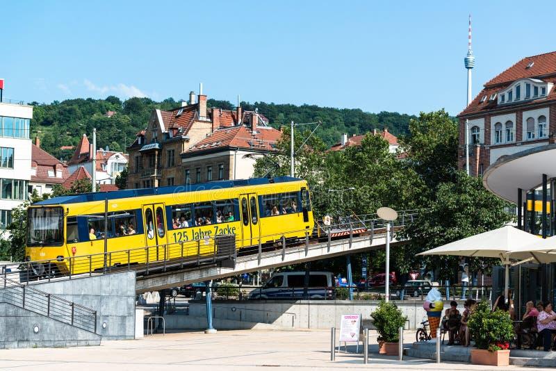 Stuttgart Marienplatz i Zacke pociąg zdjęcia stock
