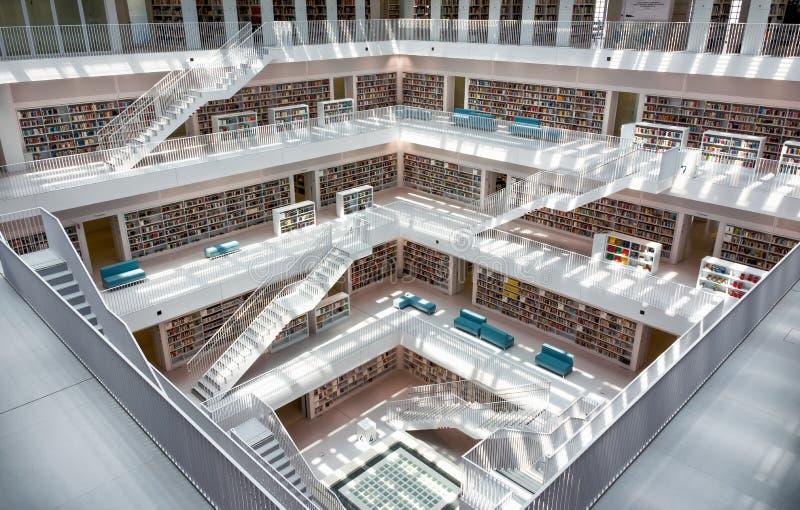 Stuttgart stadtbibliothek city library interior for Interio stuttgart