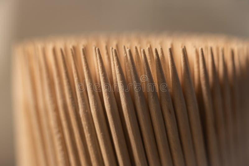 Stuzzicadenti di legno nella vista frontale immagini stock libere da diritti