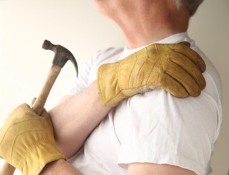 stwarzać ognisko domowe utrzymania bólu ramię target303_0_ fotografia royalty free