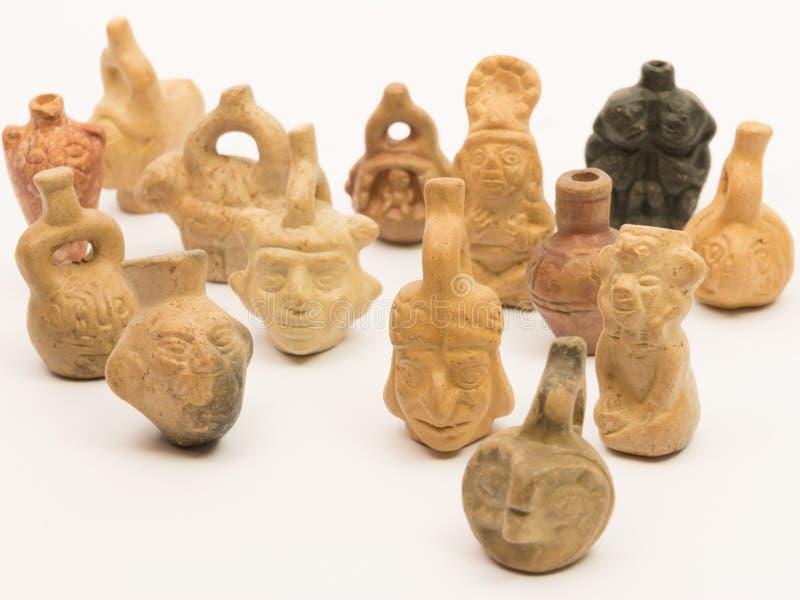 Stycken av peruansk krukmakeri, keramisk inca fotografering för bildbyråer