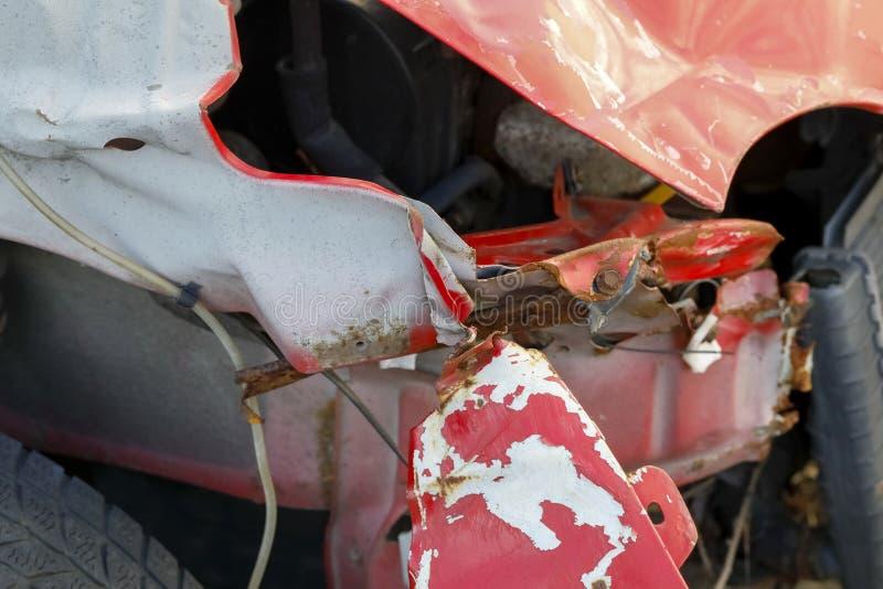 Stycken för arkmetall är delarna av bilkroppen royaltyfri foto