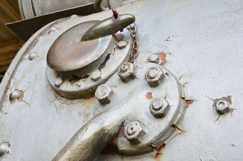 Stycken som specificeras om det gamla drevet på stationshandikappade personer, ångalokomotiv vet så, som & x22; Maria Fumaça† arkivfoto