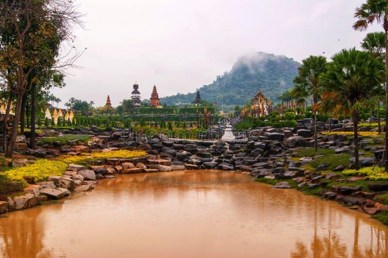 Styczeń 27, 2013 Nong Nooch Tropikalny ogród botaniczny jest 500 akrów ogródem botanicznym i atrakcją turystyczną przy kilometrem obrazy royalty free