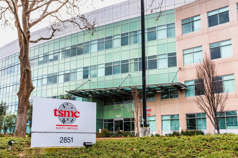 styczeń 12, 2020 San Jose / CA / USA - Tajwan Siedziba Semiconductor Manufacturing Company TSMC w Dolinie Krzemowej; TSMC zdjęcie stock