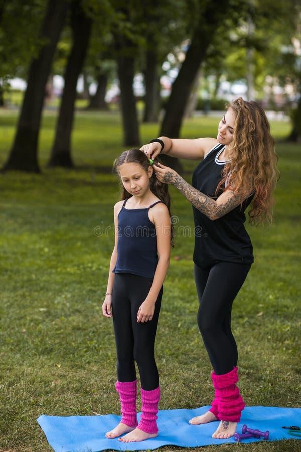 Style adolescent de beauté Préparation d'exercice image stock