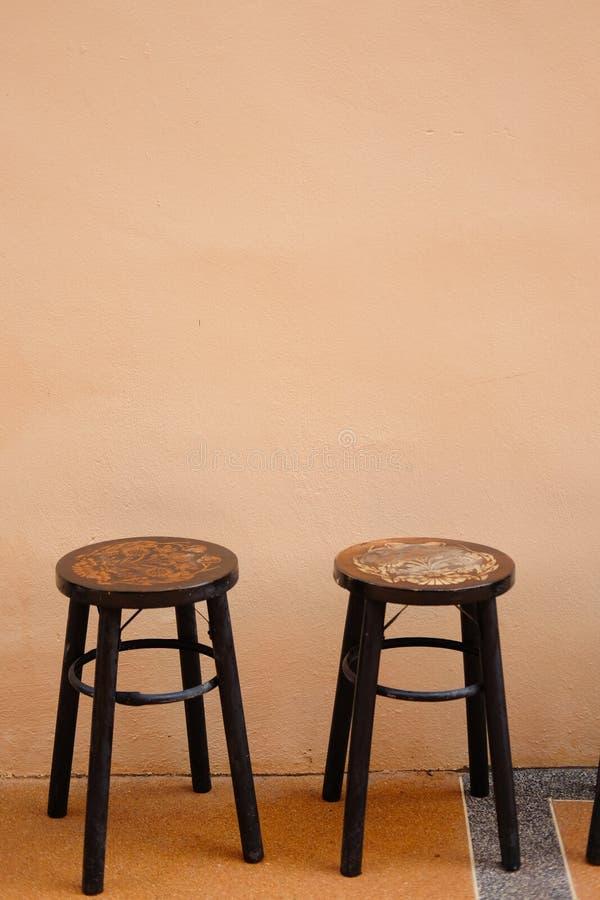 Style chinois de vintage de vieille chaise en bois antique de cercle images stock
