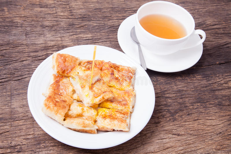 Style de dessert de Roti frit avec la banane image stock