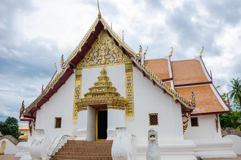 Style de lanna de temple de Wat Phumin Province de Nan, Thaïlande image stock