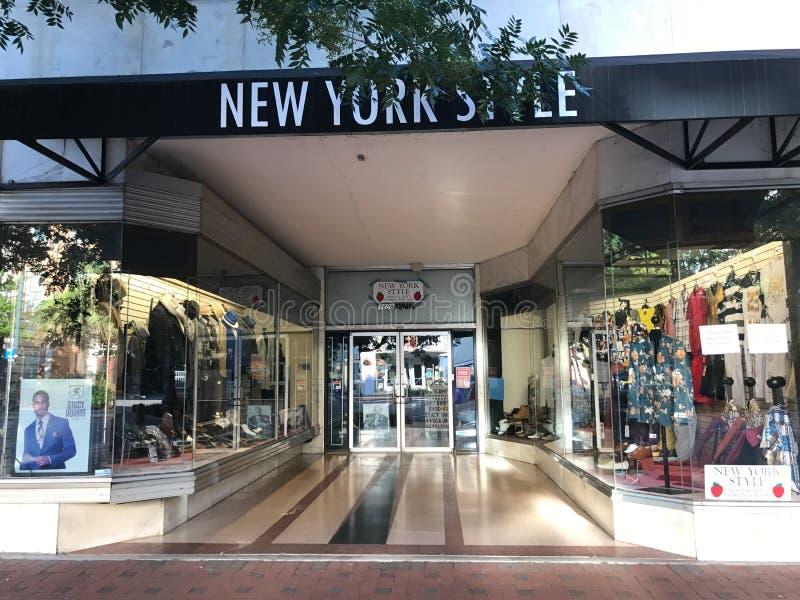 Style de New York situé sur Main Street dans Colombie, la Caroline du Sud image stock