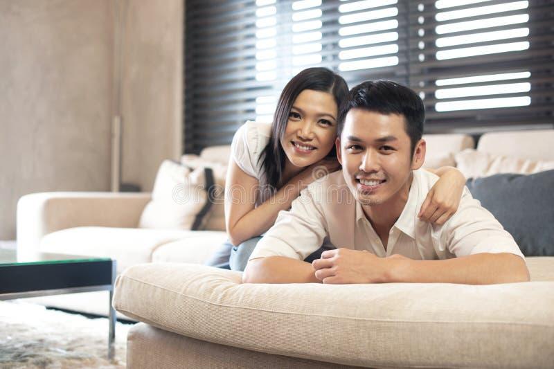 Style de vie asiatique de couples photographie stock