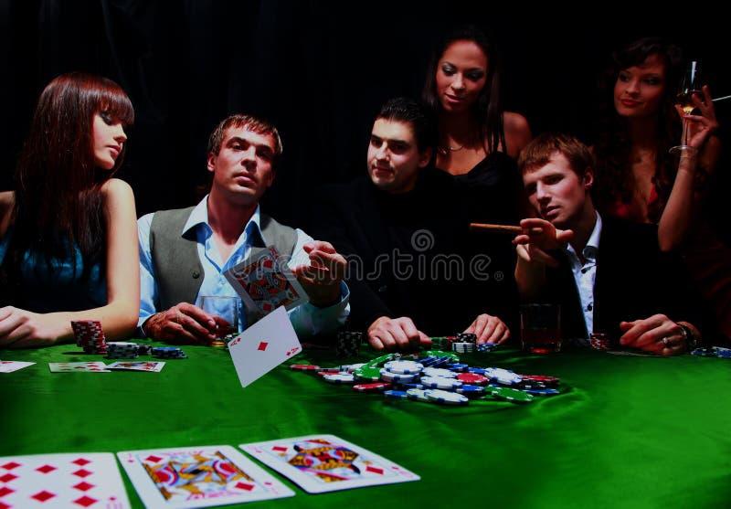На двоих играть в казино бонусы при регистрации игровые автоматы
