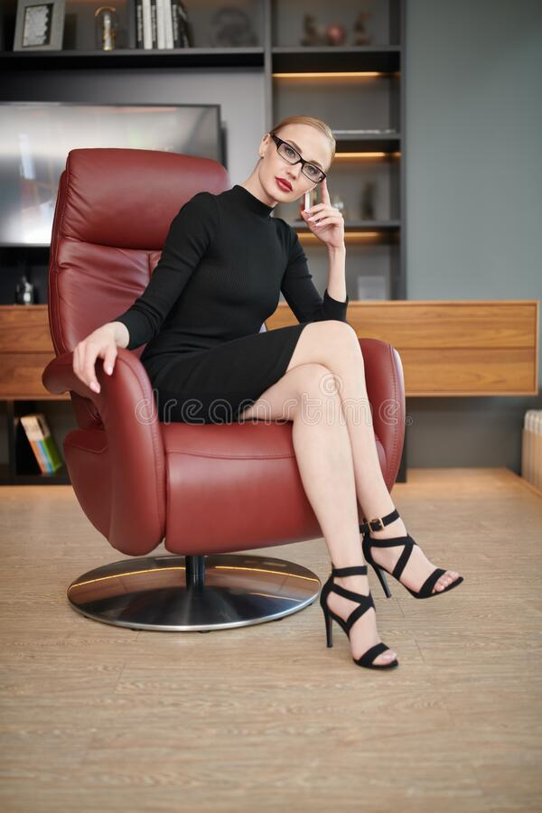 Free Stylish Young Businesswoman Stock Photography - 216849412