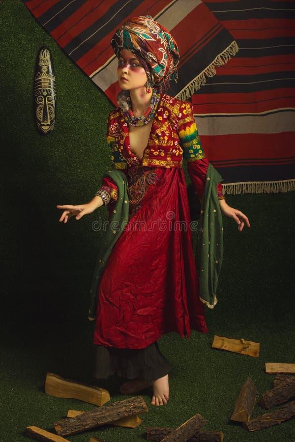 Stylizowany rocznika portret młoda kobieta zdjęcie royalty free