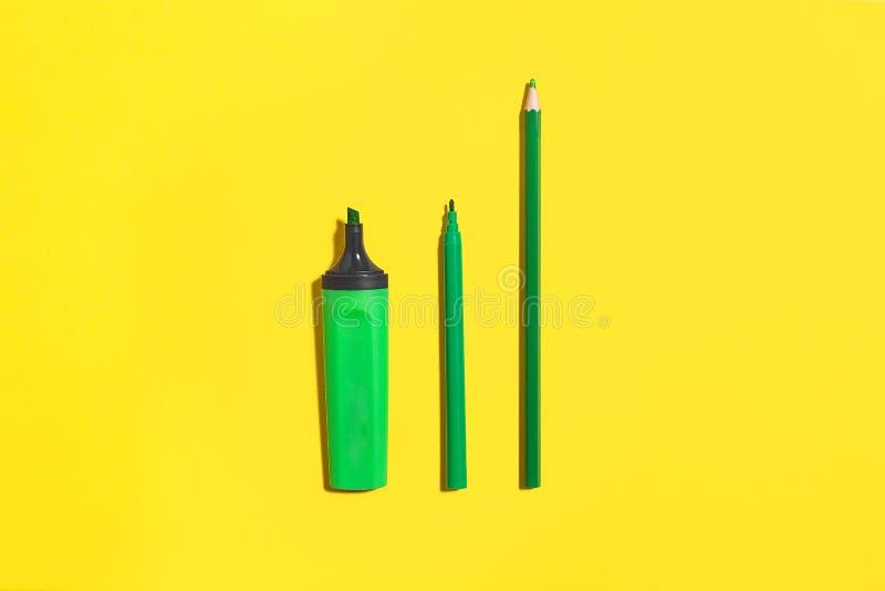 Stylo, marqueur et crayon de feutre de vert photos stock