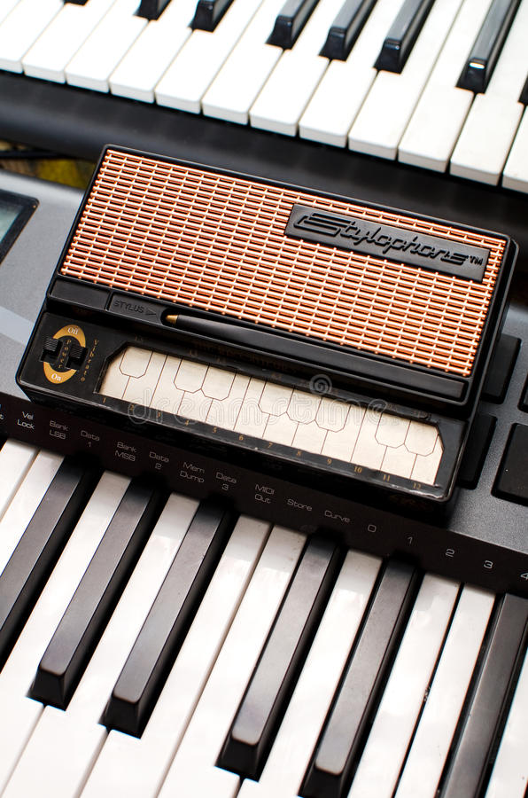 Download Stylophone editorial stock image. Image of stylus, mini - 21014404