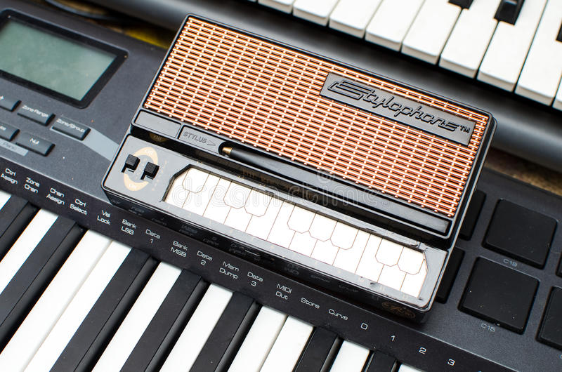 Download Stylophone editorial stock image. Image of stylophone - 21017499