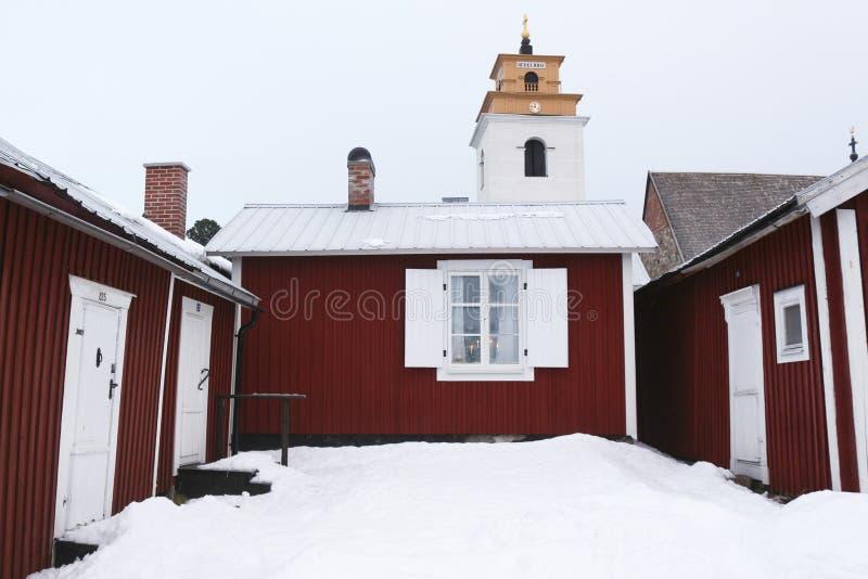 Suécia, cidade velha de LuleÃ¥, Gammelstad Vista sobre a igreja da cidade foto de stock