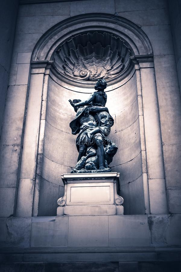 Suécia, Seokolm, Royal Palace, escultura antiga, estátua medieval fotografia de stock