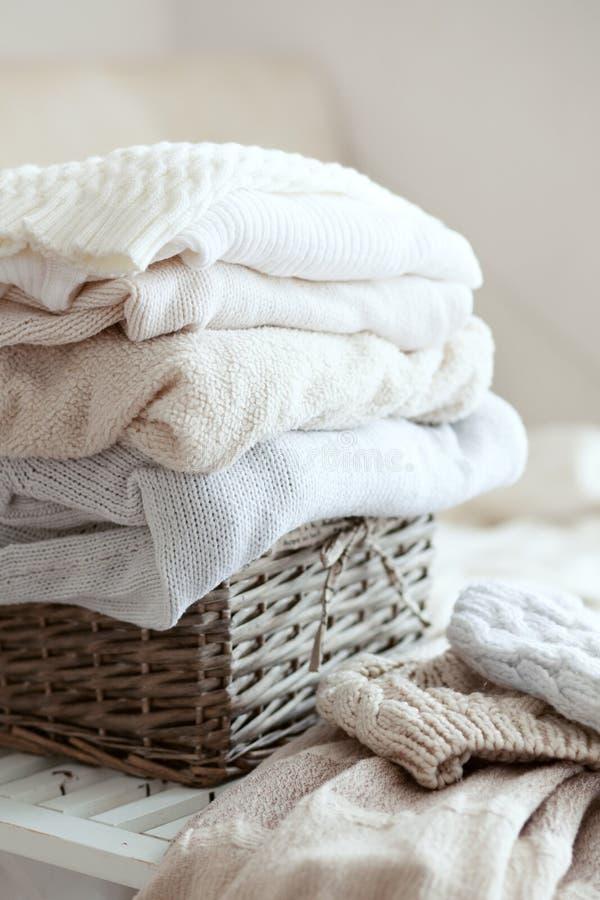 Suéteres acogedores imagen de archivo