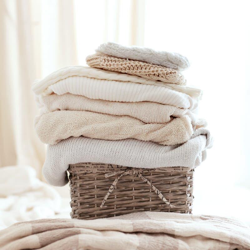 Suéteres acogedores imagen de archivo libre de regalías