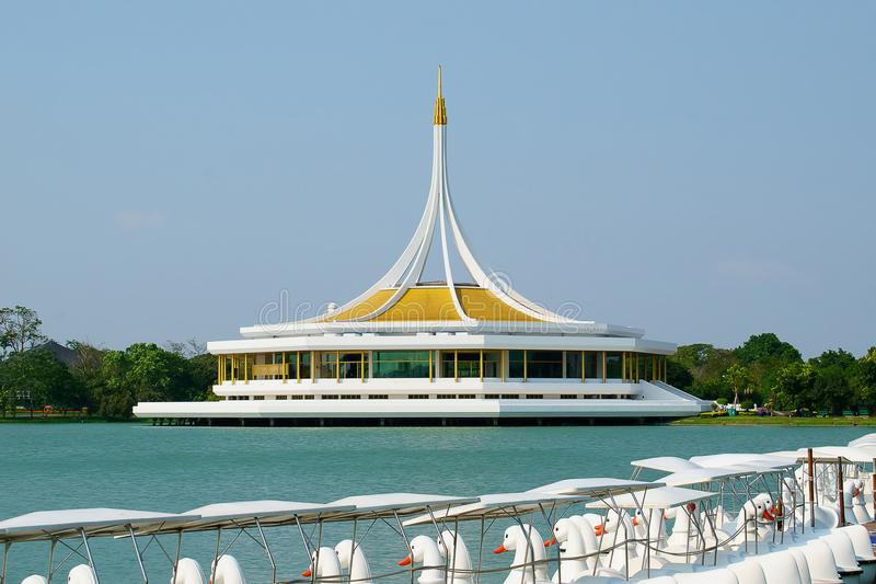 Suanluang RAMA IX, jawny park Bangkok, Tajlandia zdjęcia stock